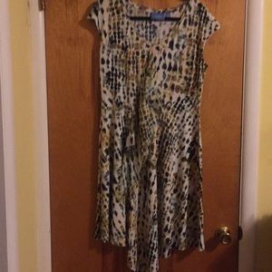 Simply Vera abstract print knit dress. M
